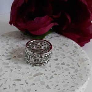 Jewelry - 925 silver greek key ring